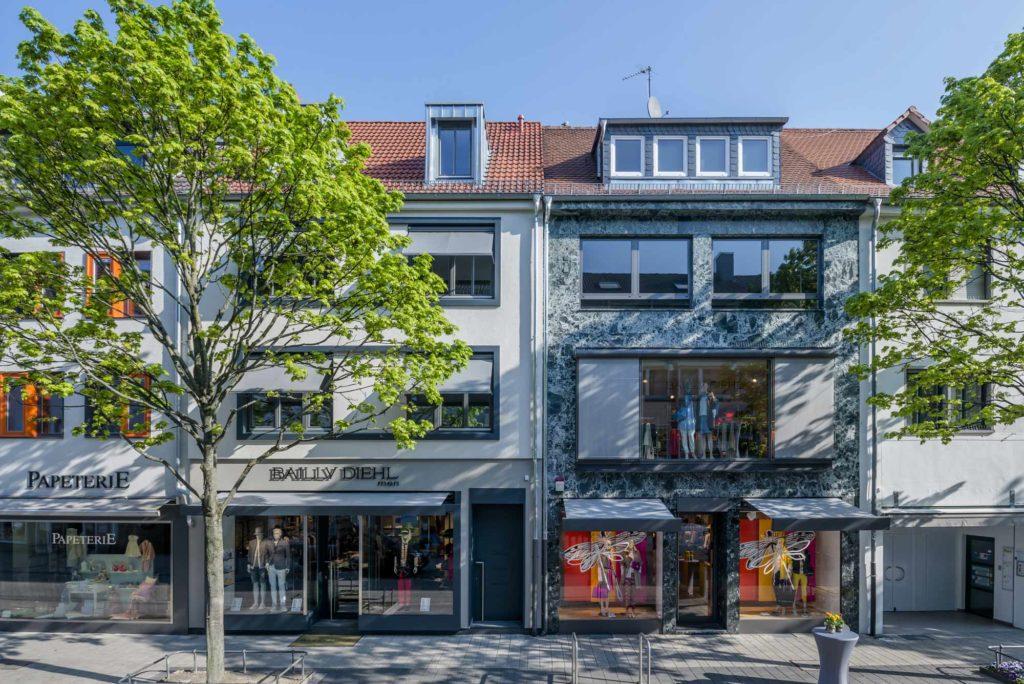 Hanau – Wohnhaus und Geschäftshaus – Ladenausbau – Gerstner Kaluza Architektur Frankfurt